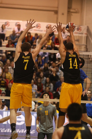 Oshkosh Volleyball - 2014 Travis Hudson/Jake Ahnert Block